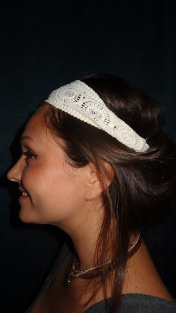 2 Minute Headband Chignon